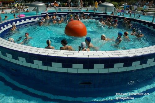 Jocuri acvatice pentru copii